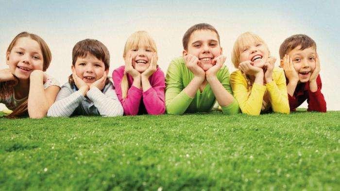 Підбірка забавних дитячих висловлювань (15 фото)