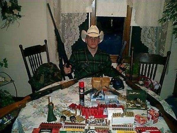 Дивні люди та зброя (26 фото)