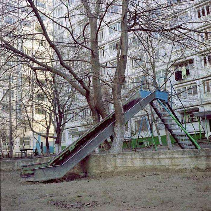 Суворі дитячі гірки (25 фото)
